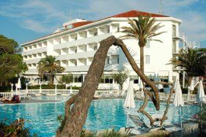 HOTEL DOMIZIA PALACE ****