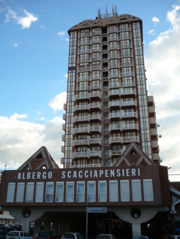 Hotel Scacciapensieri ***